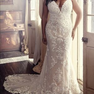 Maggie Sottero: Tuscany Marie